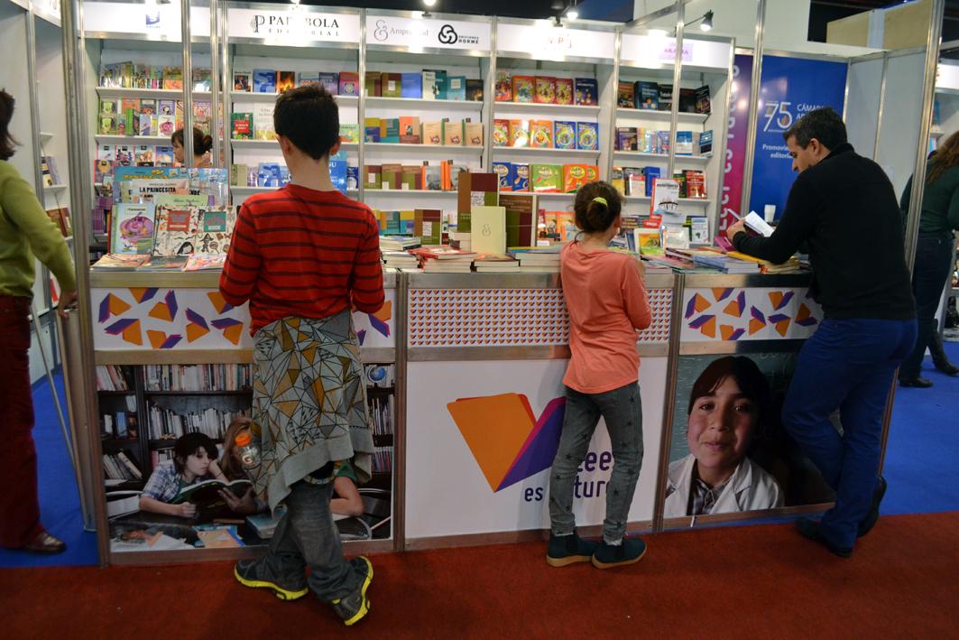CAL Stand Feria del Libro 2014